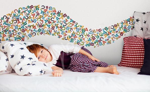 Adesivo letras coloridas para criança