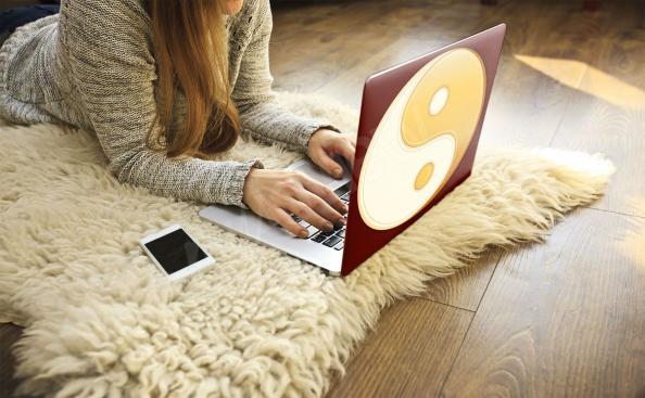 Adesivo para notebook yin yang