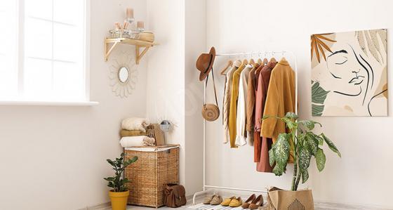 Closet com janela. 5 ideias de design que vale a pena considerar